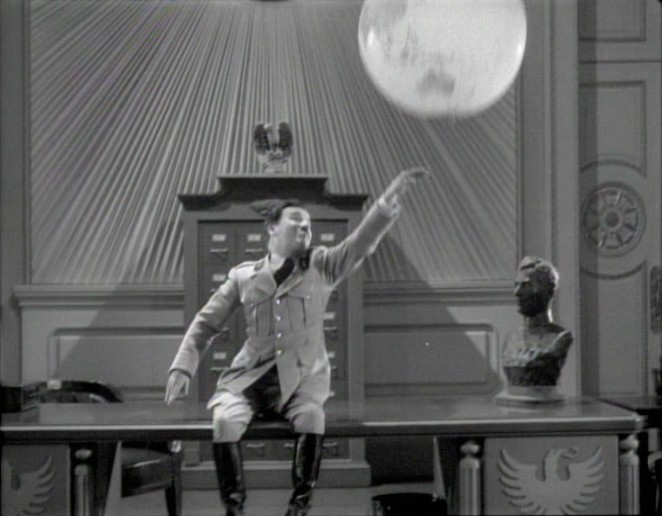 The Great Dictator (1940), US (Image) region 0 DVD screengrab