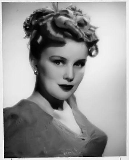Jean Darling, c.1940s, confident