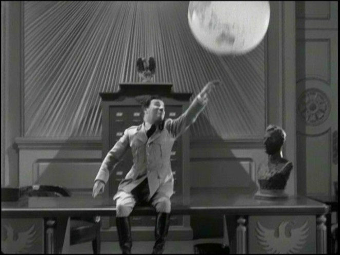 The Great Dictator (1940), UK (mk2/Warner) region 2 DVD screengrab