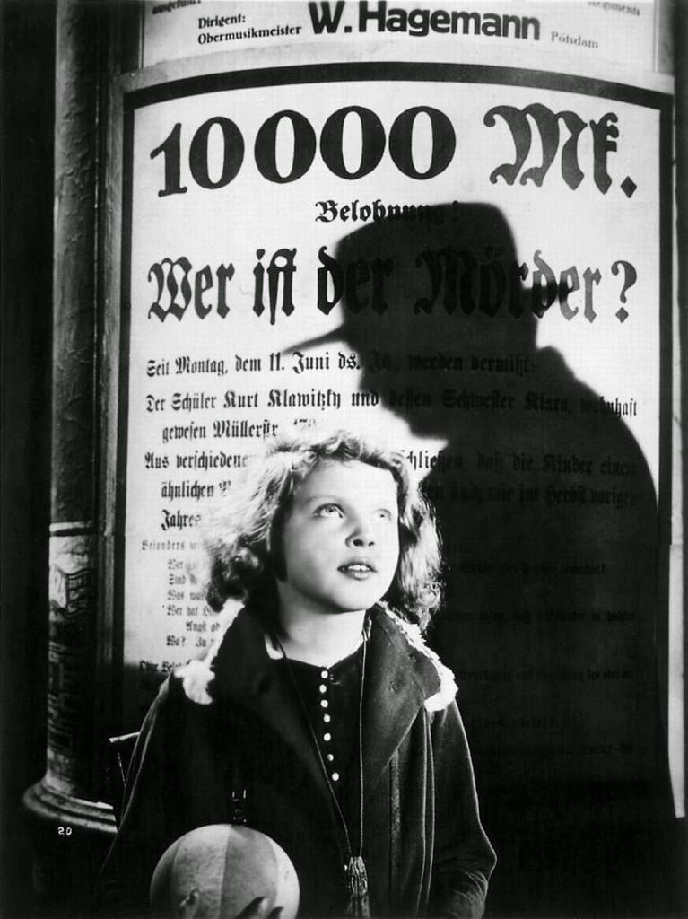 Inge Landgut as Elsie Beckmann in M - Eine Stadt sucht einen Mörder (1931) with Peter Lorre