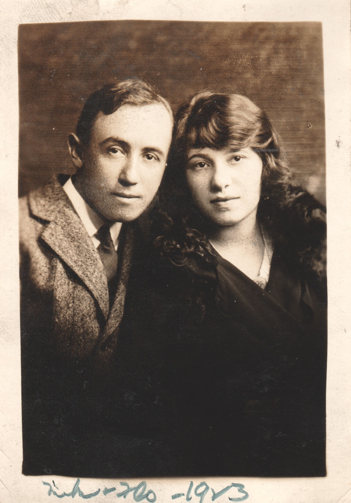 Oscar 'Mike' Mirantz and his wife Flo, 1923. Photo by kind courtesy of Amy Davidoff.