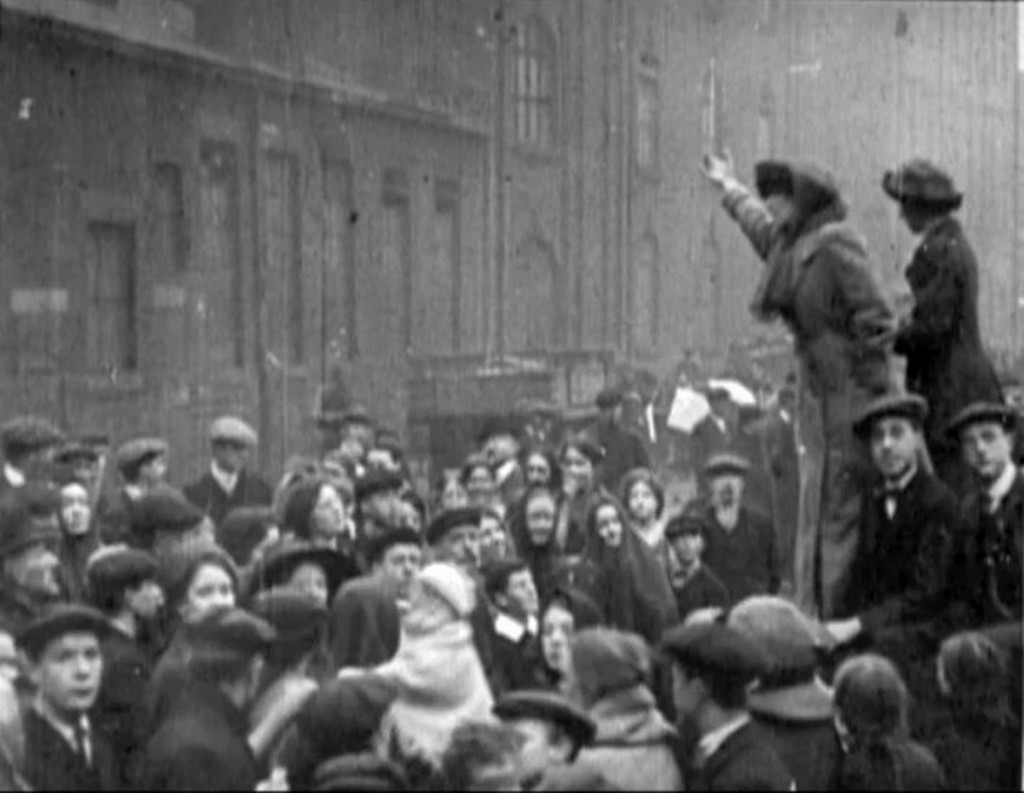 Suffragettes campaigning at the 1912 Bolton by-election