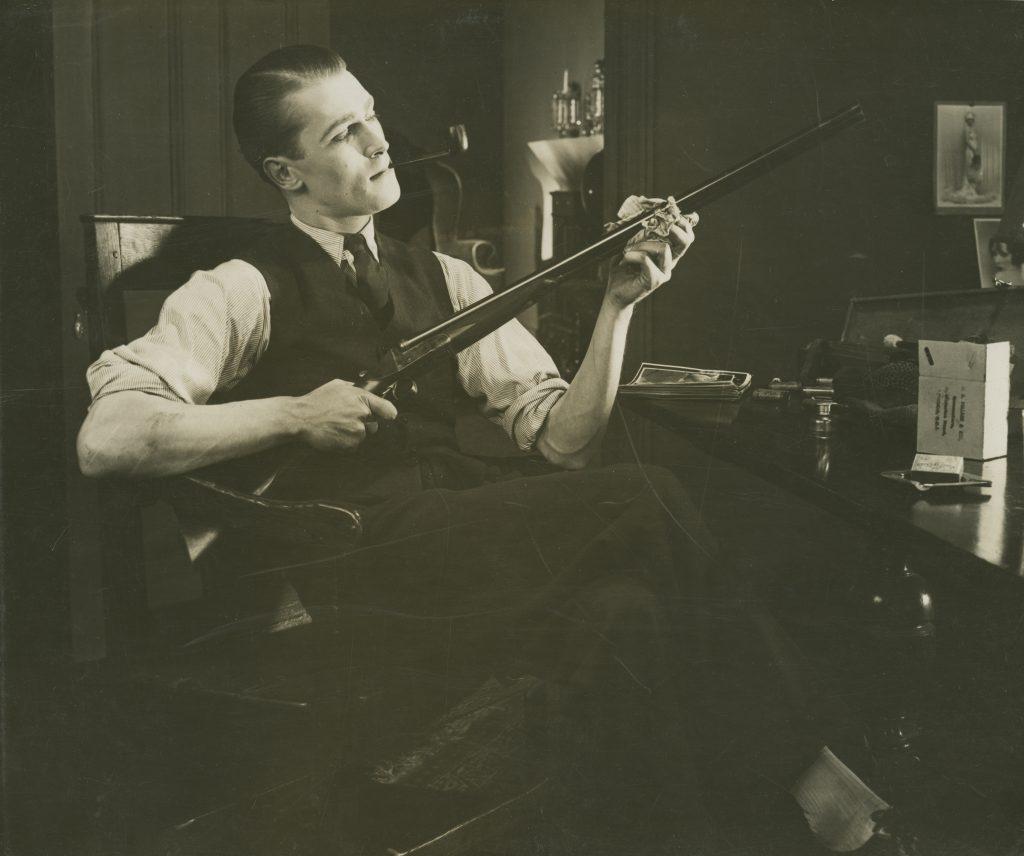 Brian Aherne in Shooting Stars (1928)