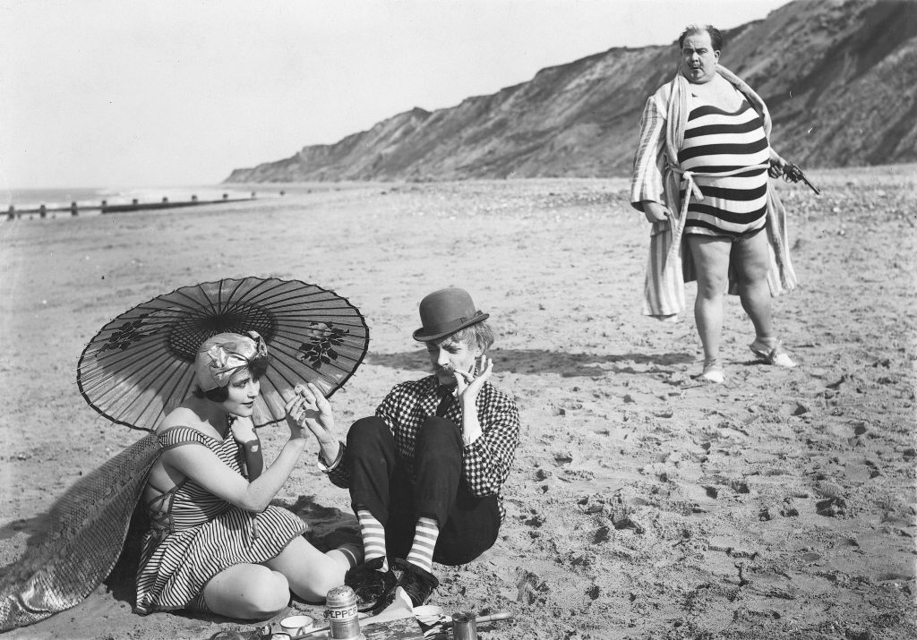 Chili Bouchier, Donald Calthrop and Tubby Phillips in Shooting Stars (1928)