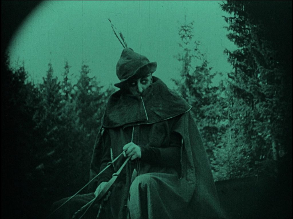 Nosferatu (1922) UK Eureka-Masters of Cinema Blu-ray, Orlok on carriage
