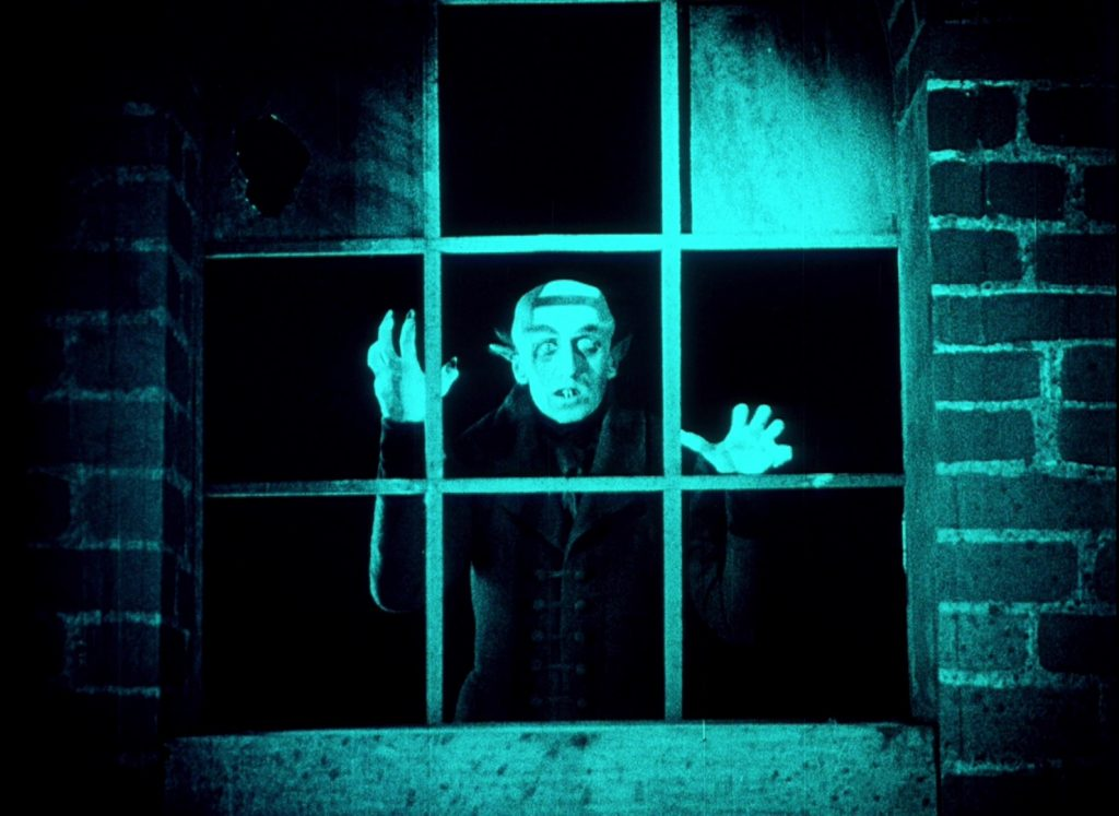 Nosferatu (1922) UK BFI Blu-ray, Orlok at window