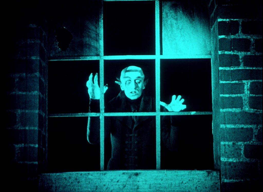 Nosferatu (1922) UK BFI Blu-ray, Orlok at window
