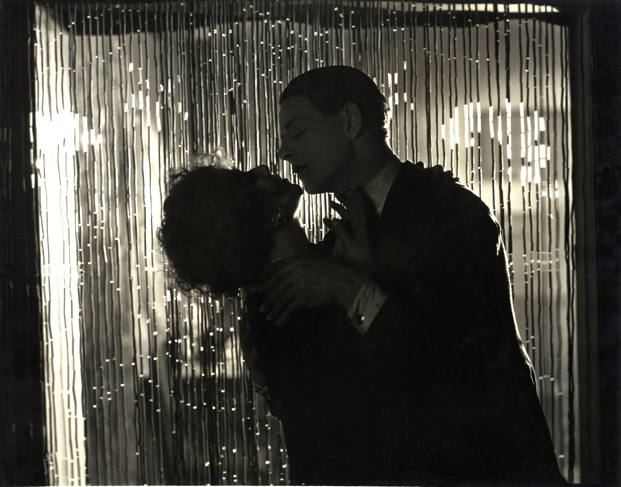 Annette Benson and Robin Irvine in Downhill (1927, dir. Alfred Hitchcock)
