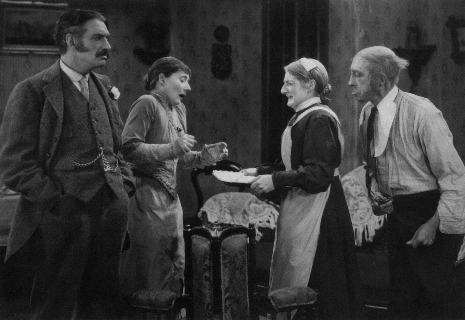 L-R: Jameson Thomas, Maud Gill, Antonia Brough and Gordon Harker in The Farmer's Wife (1928, dir. Alfred Hitchcock)