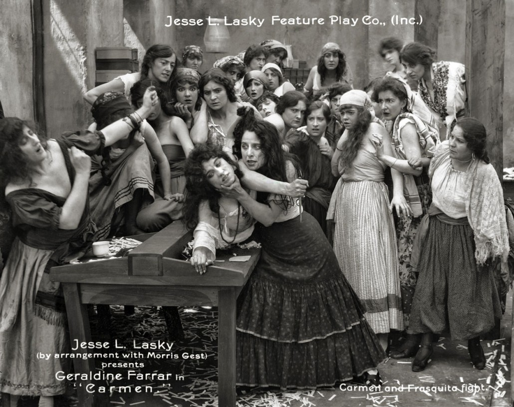 Jeanie Macpherson (L centre) and Geraldine Farrar fight in Carmen (1915)