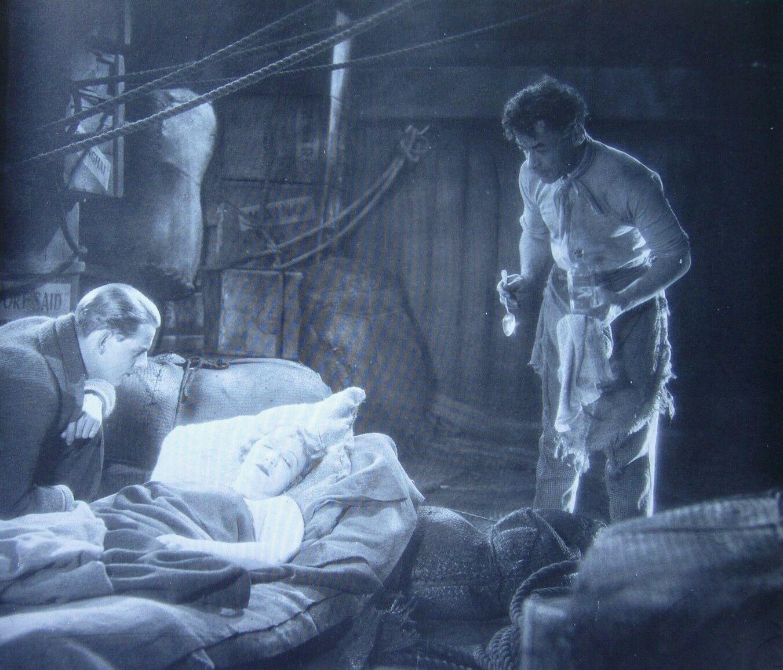 Robin Irvine, Marlene Dietrich and Vladimir Sokoloff in The Ship of Lost Men aka Das Schiff der verlorenen Menschen (1929)