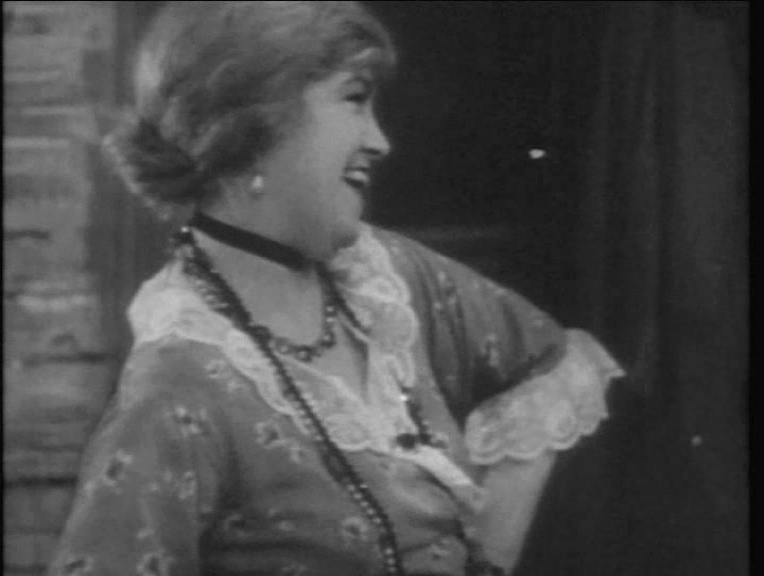 Maire O'Neill in Juno and the Paycock (1930, dir. Alfred Hitchcock) French Universal DVD