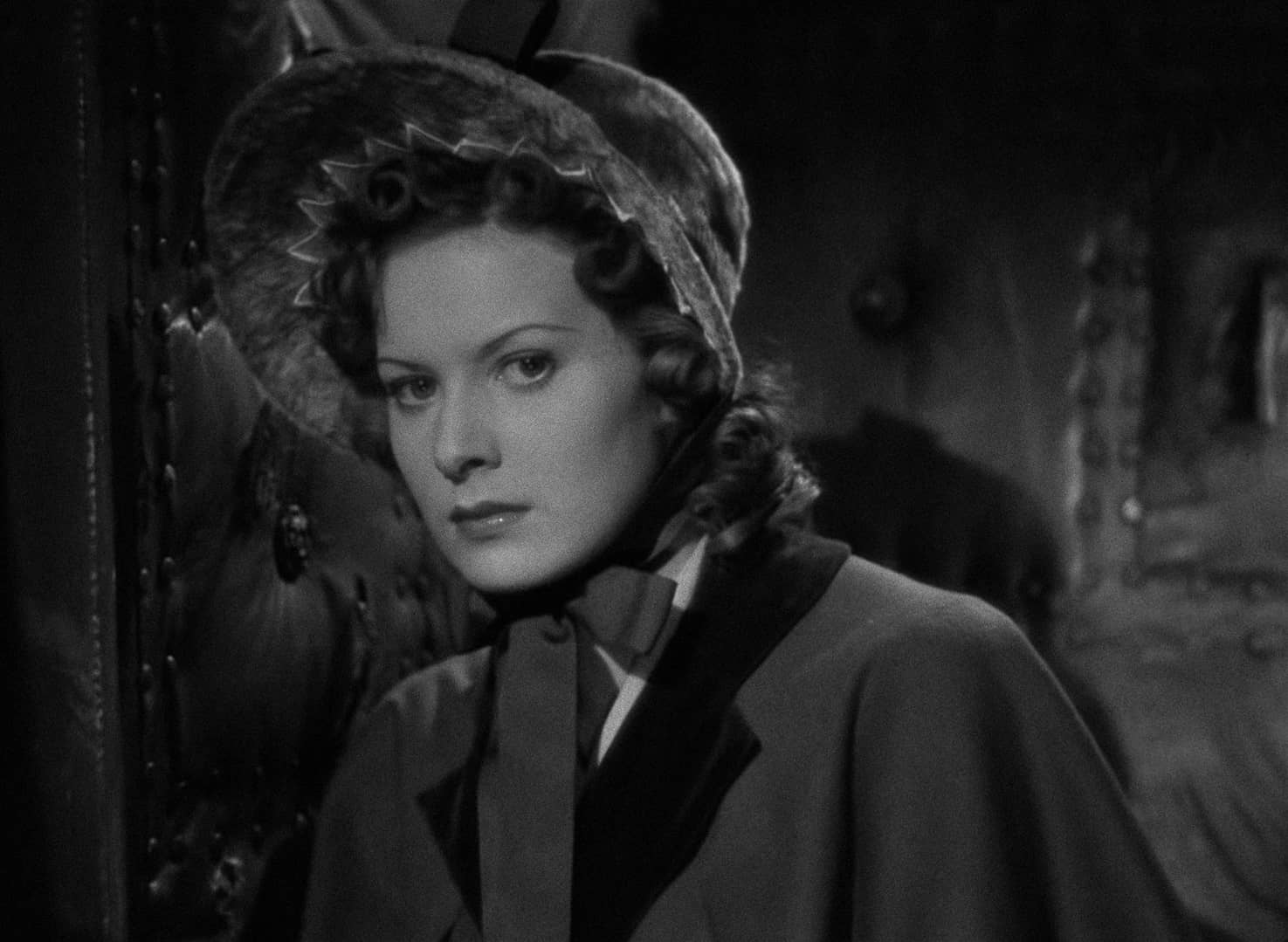 Maureen O'Hara in Jamaica Inn (1939, dir. Alfred Hitchcock) French Carlotta Blu-ray