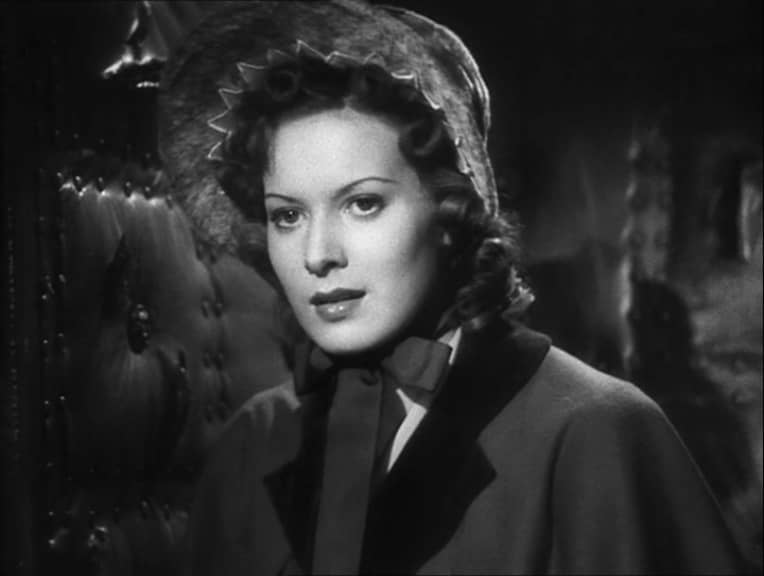 Maureen O'Hara in Jamaica Inn (1939, dir. Alfred Hitchcock) French Universal DVD