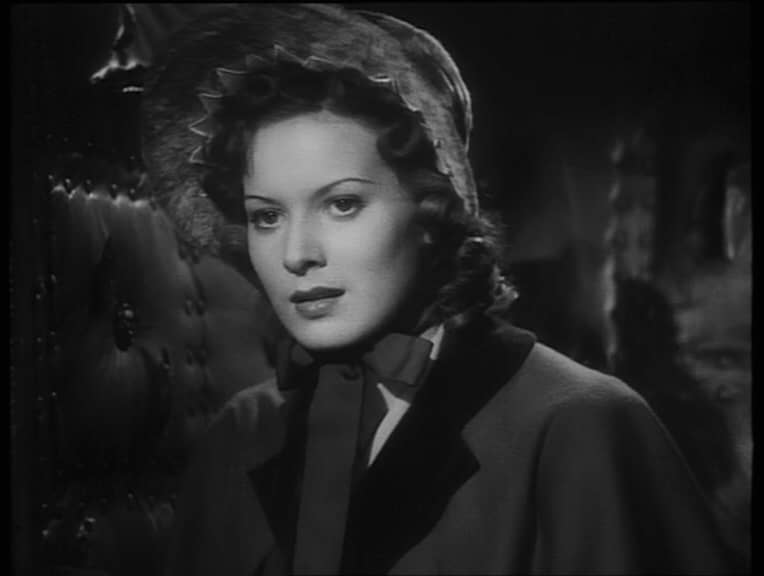 Maureen O'Hara in Jamaica Inn (1939, dir. Alfred Hitchcock) UK Carlton DVD