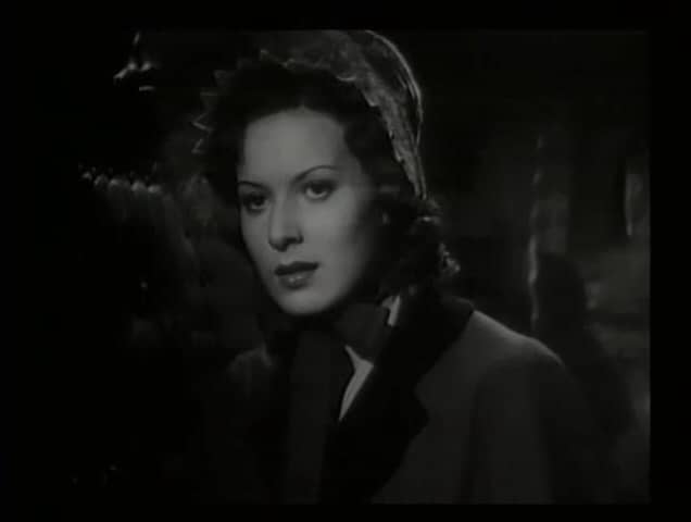 Maureen O'Hara in Jamaica Inn (1939, dir. Alfred Hitchcock) US Diamond Entertainment bootleg DVD